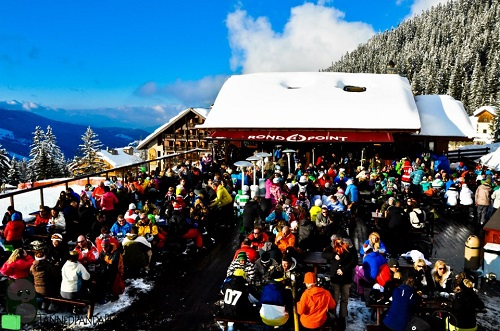 Rond Point après-ski bar in Méribel, Frankrijk